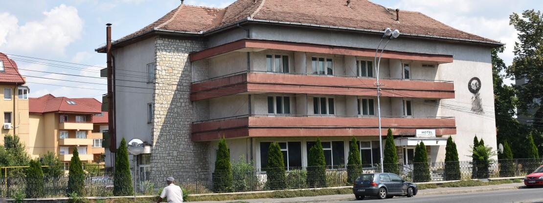 """Novák """"átpasszolná"""" a Sport Hotelt"""